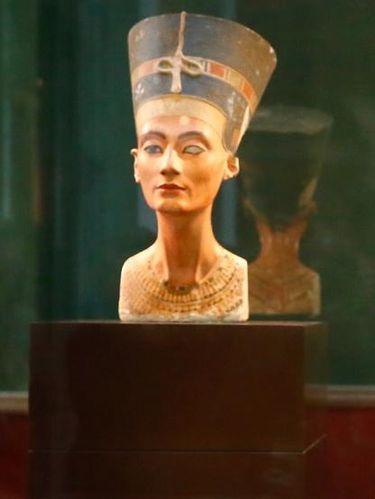 Patung Ratu
