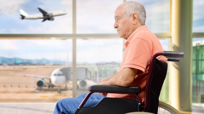 820+ Gambar Kursi Roda Pesawat HD