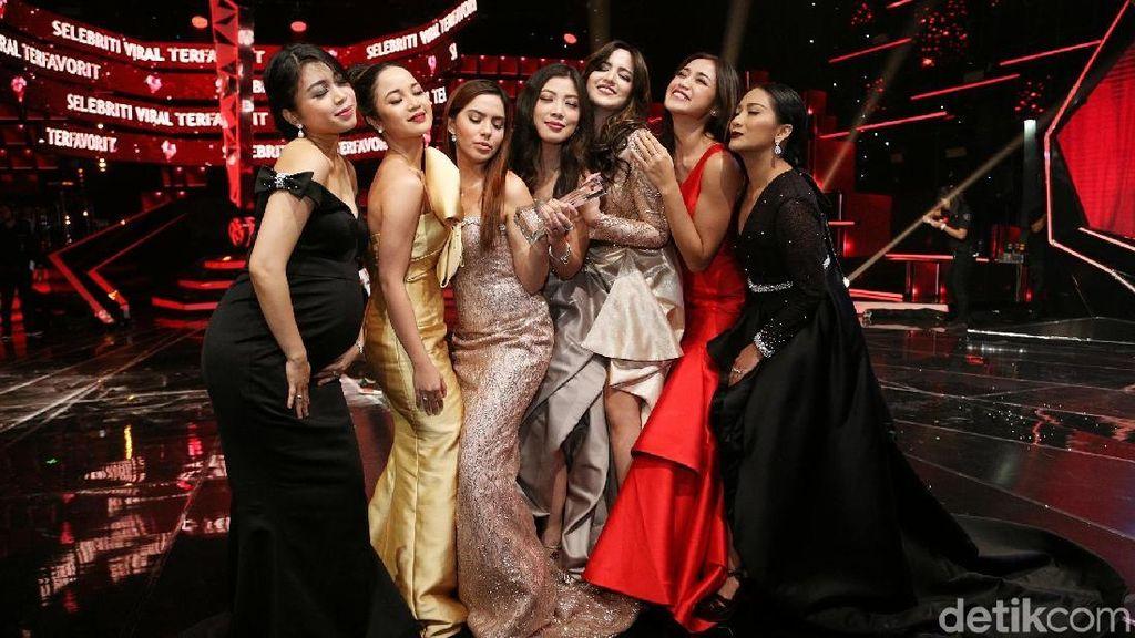 6 Geng Artis Terkaya Paling Glamor