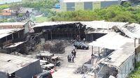 Suasana olah TKP di Pabrik Kembang Api Kosambi