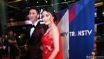 Gaya Natasha Wilona tampil Serba Pink