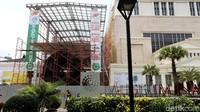 Renovasi yang direncanakan selesai Juli tahun depan tersebut untuk memperluas Museum Nasional dan kenyamanan penungunjung.
