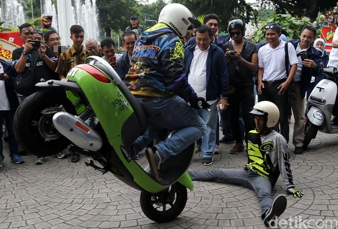 Aksi Freestyle Motor Listrik