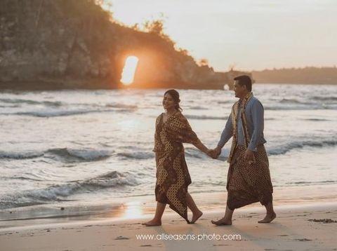 Kahiyang Ayu Pilih Bunga Lokal untuk Dekorasi Pernikahannya dengan Bobby
