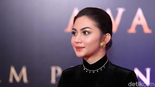 Kuku Ariel Tatum Patah, Netizen: Biar Hati Abang Aja yang Patah