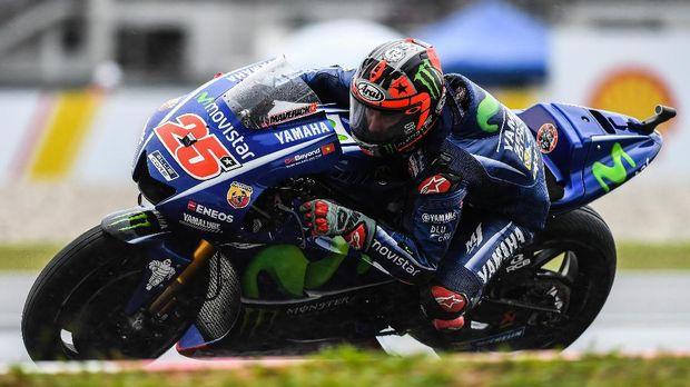 Maverick Vinales mengaku tidak dapat memacu kencang motornya dalam tes pramusim MotoGP di Qatar.
