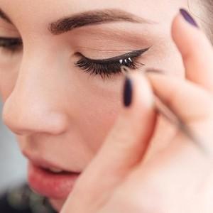 Aksi Keji di Balik Bulu Mata Palsu yang Dipakai Wanita untuk Tampil Cantik
