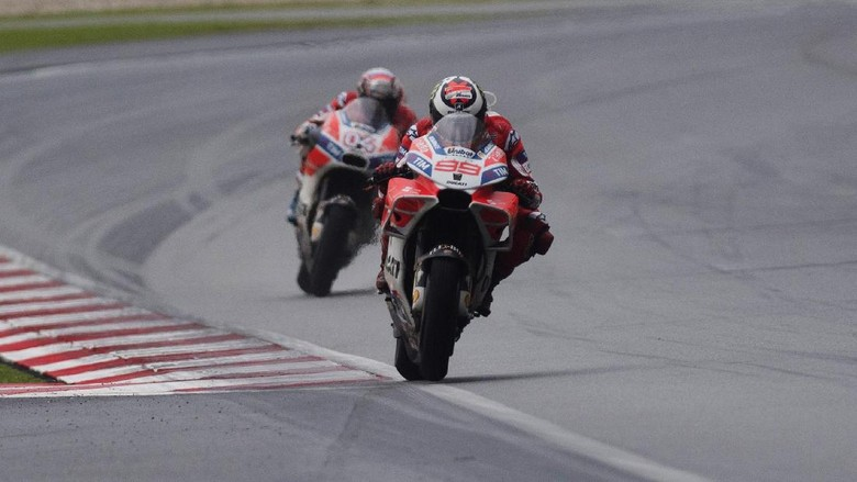 Ducati: Lorenzo Bantu Meyakinkan Dovizioso