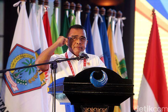 Ketua Umum KONI Pusat Tono Suratman memberikan sambutan.