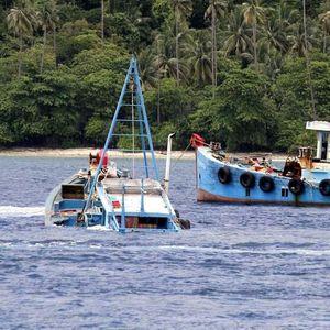 Luhut Ingin Pelabuhan Benoa Bebas dari Kapal Eks Asing
