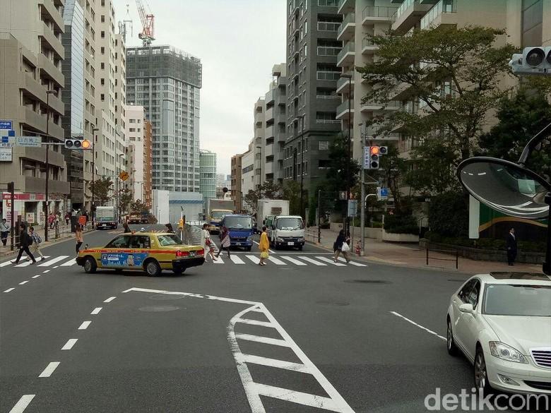 Lalu lintas di Jepang (Foto: Rangga Rahadiansyah)