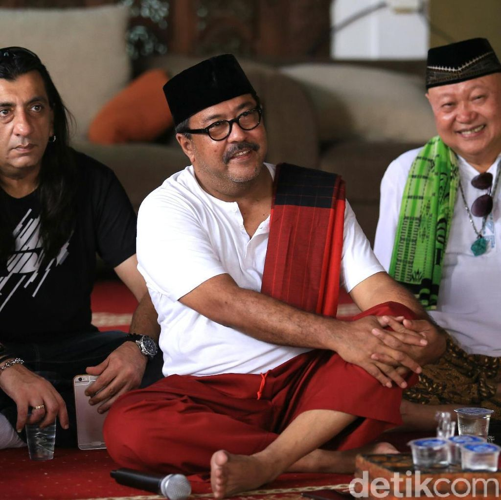 Rano Karno Teruskan Kisah Si Doel karena Permintaan Benyamin Sueb