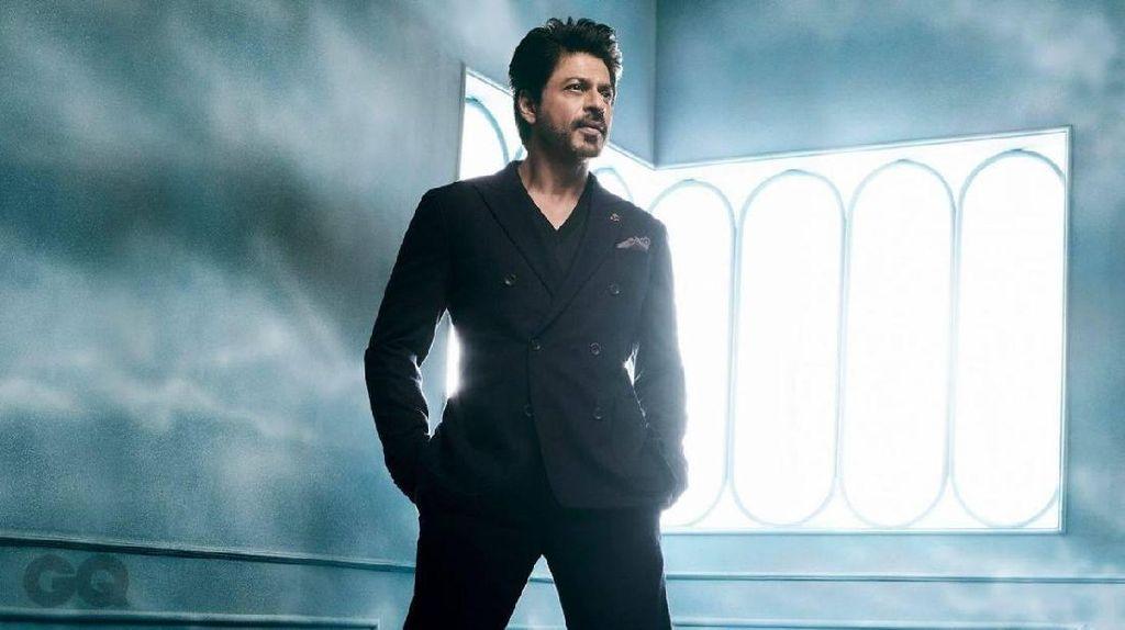 Shah Rukh Khan Ditanya Warna Celana Dalam, Balasannya Menohok