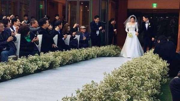 Sah! Ini Kemesraan Song Hye Kyo dan Song Joong Ki