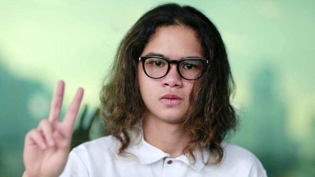Ditanya Perihal Kebebasan Dhani, Dul Jaelani Pilih Bungkam