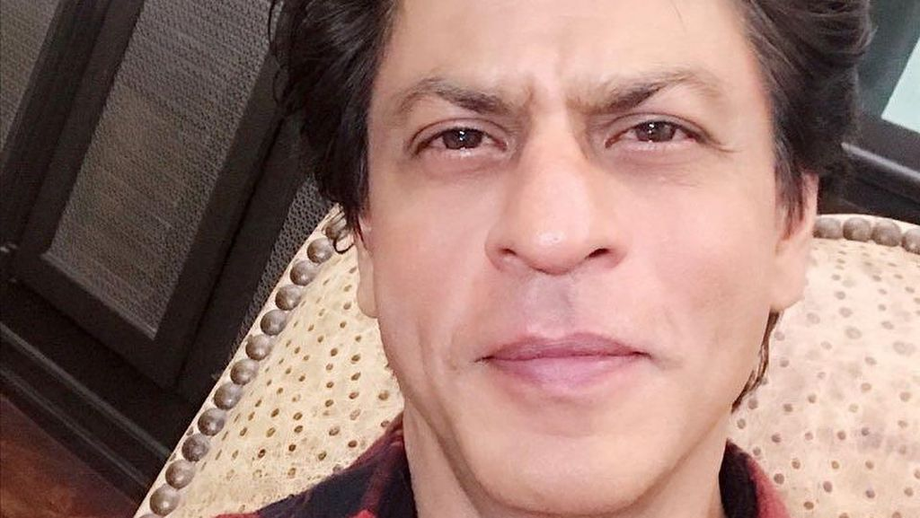Shah Rukh Khan Puji Parodi Bikinan YouTuber Indonesia
