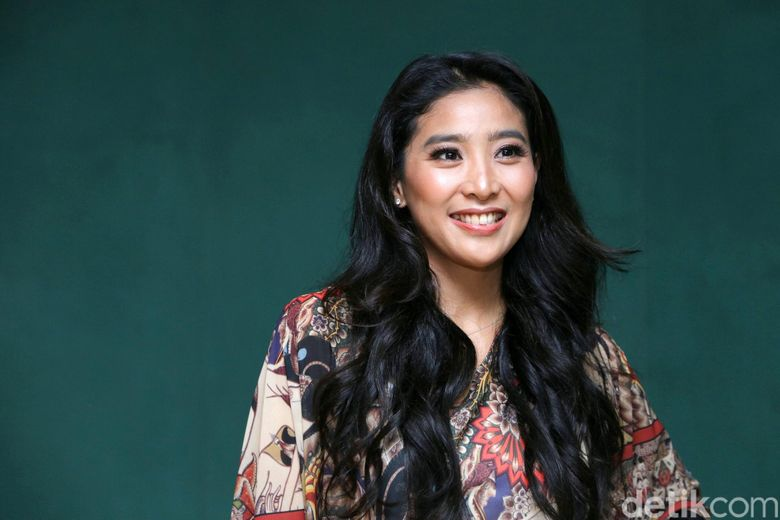 Olivia Zalianty saat ditemui di kawasan Taman Ismail Marzuki, Jakarta Pusat pada Senin (30/10) malam.