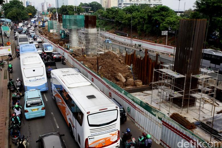 Sandiaga Sebut Kajian Dampak Lalin Proyek LRT Sudah Rampung