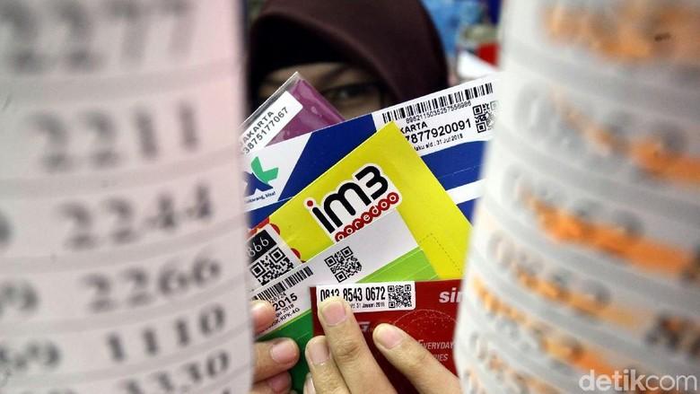 Mengkritisi Registrasi Kartu Selular
