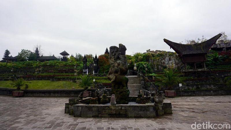 Inilah Taman Indonesia di kebun binatang Pairi Daiza, Brugelette, Belgia. Area ini bernama The Kingdom of Ganesha. (Eny/detikTravel)