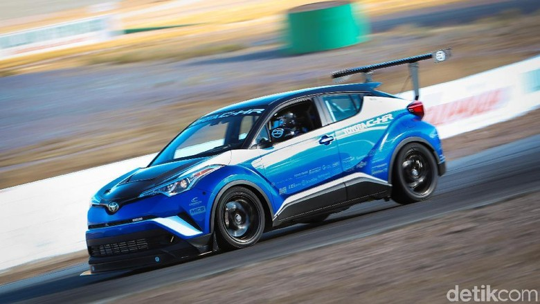 Toyota C-HR R-Tuned (Foto: Toyota)