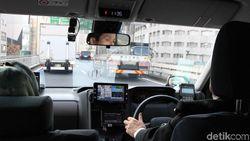 Urus Izin Mahal, Kemenhub Sarankan Driver Taksi Online Bikin Koperasi
