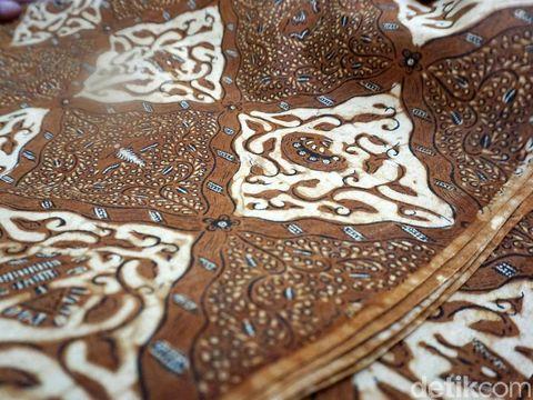 Ini Batik 'Abadi' yang Akan Dipakai Kahiyang Ayu Saat Midodareni