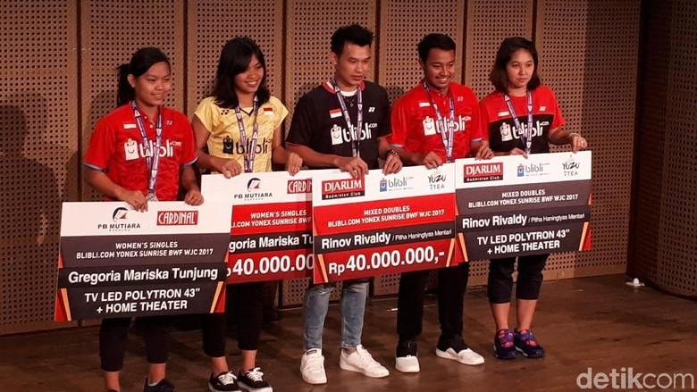 Juara Dunia Junior, Gregoria dan Rinov Diganjar Bonus