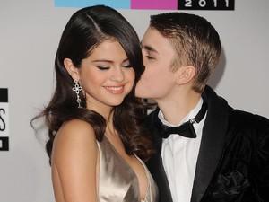 Selena Gomez Minta Putus karena Justin Belum Siap Nikah?