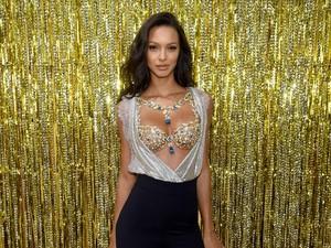 Mewahnya Fantasy Bra, Lingerie Victorias Secret Seharga Rp 27 Miliar