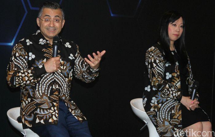 President Commercial Business Asia Pasifik dan Jepang Dell EMC, Amit Midha (kiri) hadir dalam forum tersebut.