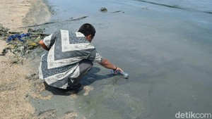 Rembang Susun Strategi Adipura, Pencemaran Pantai Wates Apa Kabar?