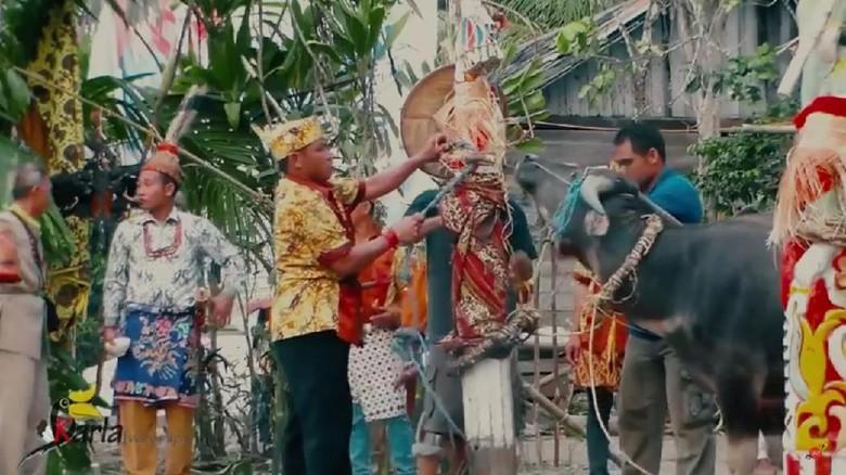 Tradisi Tiwah di Kalimantan Tengah (@Rkd rikardo/Youtube)