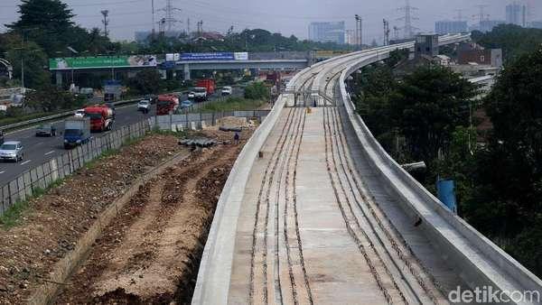 Untungnya LRT Dibangun Tak Sejajar dengan Tanah