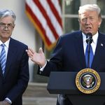 Trump: Bodoh Jika The Fed Naikkan Suku Bunga