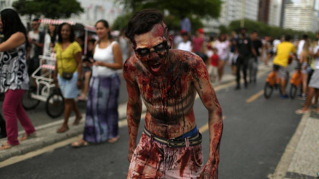 Oh Seram! Banyak Zombie di Jalanan Santiago