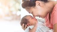 Yuk Lakukan 3 Hal Ini untuk Stimulasi Pendengaran Bayi