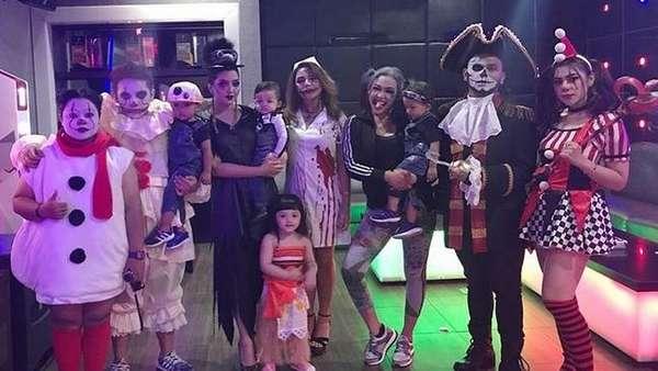 Lihat Serunya Halloween Party Aurel dan Ashanty