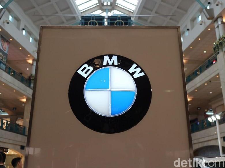 BMW Foto: Dina Rayanti