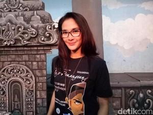 Maudy Koesnaedi Buktikan Bakat Menari di Pagelaran Tari Aryo Penangsang