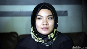 Georgia Aisyah Keukeuh Cerai dari Aldi Taher