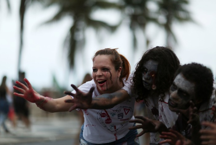 Participants take part in a Zombie Walk parade in Rio de Janeiro, Brazil November 2, 2017. REUTERS/Pilar Olivares