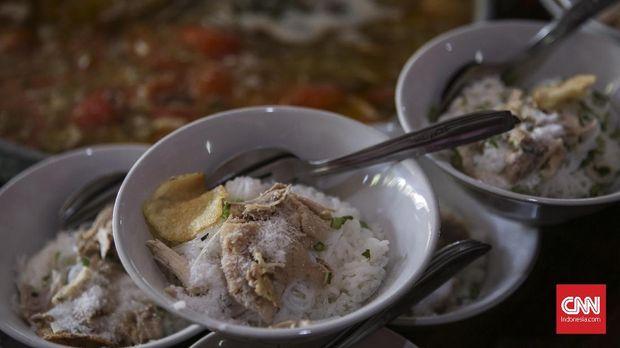 Soto menjadi salah satu makanan yang disajikan dalam pernikahan putri Presiden Joko Widodo.
