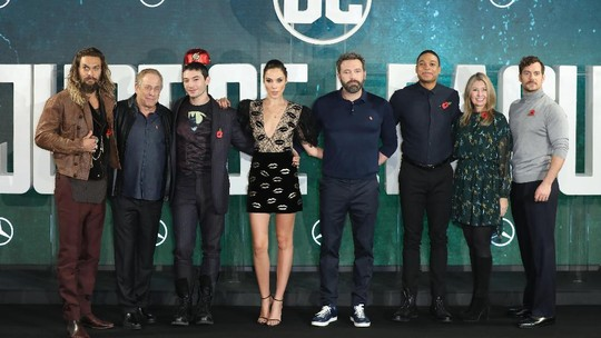 Ketika Superhero Justice League Wefie