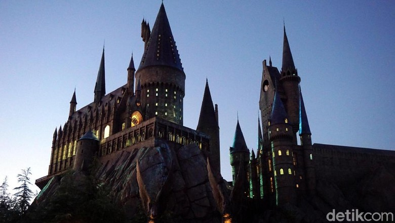 Foto:  Replika Kastil Hogwarts di The Wizarding World of Harry Potter (Wahyu/detikTravel)