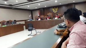 Hakim Tambah Waktu Restrukturisasi Utang First Travel 20 Hari