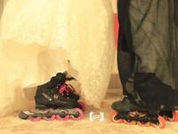 1. Menikah Pakai Sepatu Roda