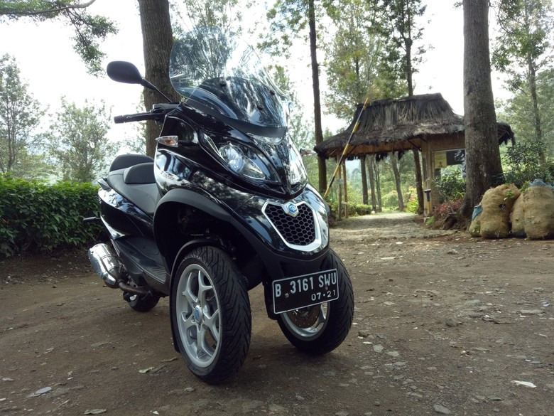Ototest Piaggio MP3 500 Business