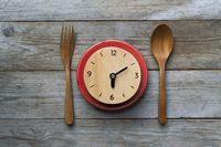 Dengan 10 Trik Ini Anda Masih Bisa Ngemil Meski Sedang Diet
