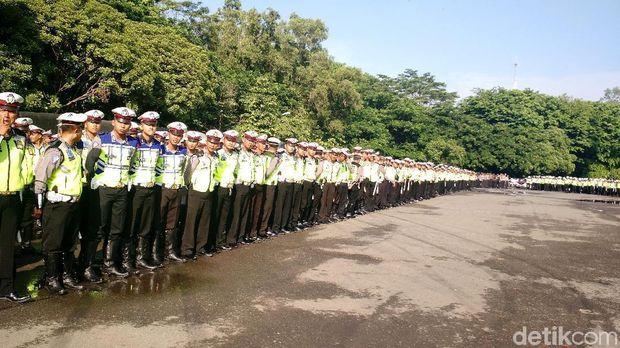 Apel pengamanan hajata Jokowi mantu di Stadion Manahan